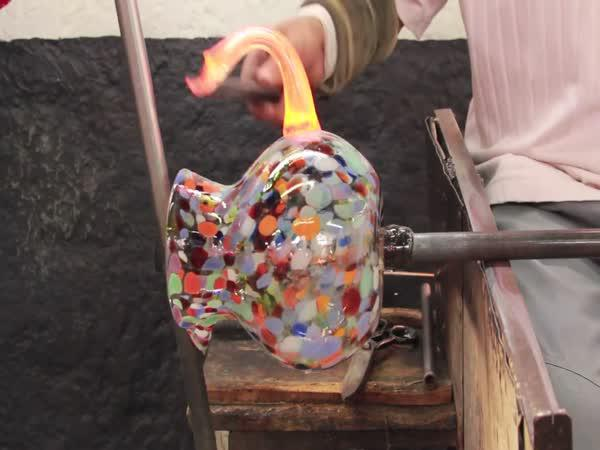 Jak se vyrábí džbán Confetti
