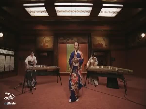Jackson zahraný na japonské nástroje