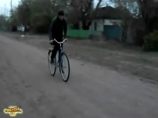 Faily - Nehody na kolech