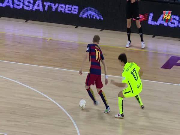 Futsal - Gól přes celé hřiště
