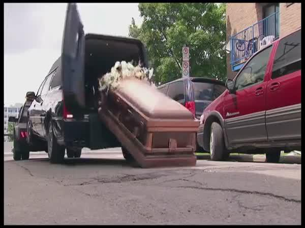 Skrytá kamera - Pohřební vůz