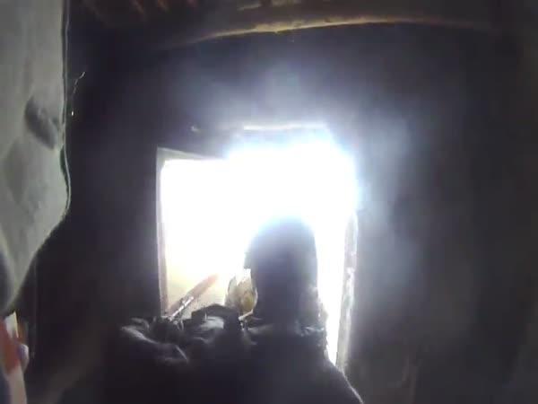 Helma zachránila vojákovi život
