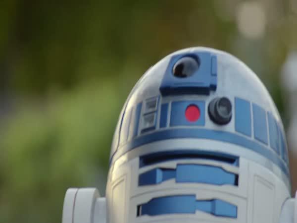 Sestrojení R2-D2 ze Star Wars