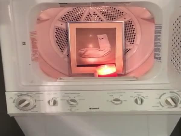 Když perete ponožky