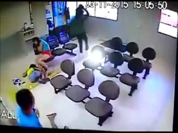 Rychlý zásah ochranky při loupeži