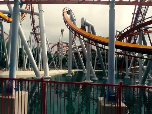 Rollercoaster Tycoon trochu jinak