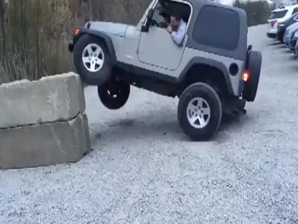 Mrkej na to, co dokáže můj jeep