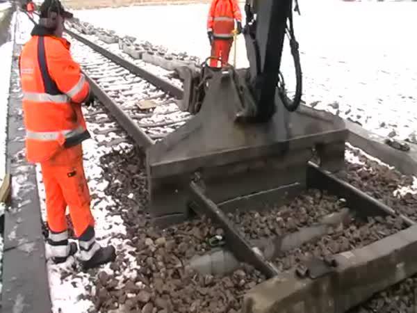 Jak se vyměňují kolejové pražce