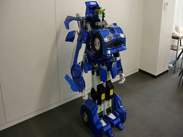 Skutečný transformer z Japonska