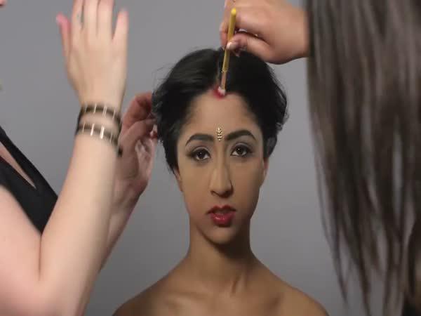 100 let indické krásy ve 2 minutách!