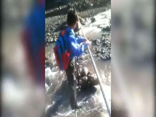Kazachstán - cesta do školy