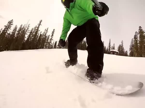 Úžasná jízda na snowboardu