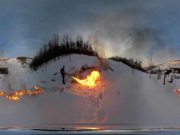 Plamenomet vs sníh