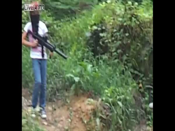 Otec roku - Dítě & zbraň