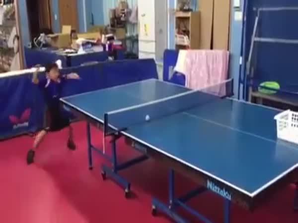 Borec - Mladý stolní tenista