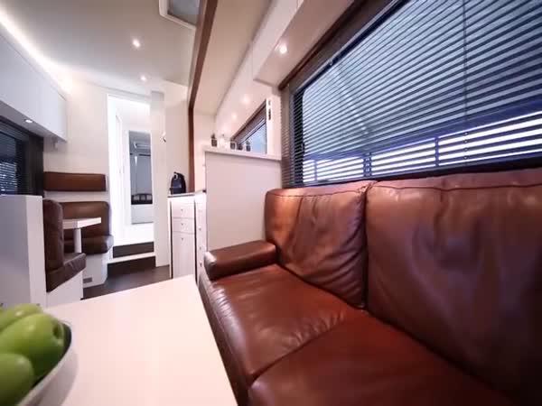 Luxusní obytný karavan