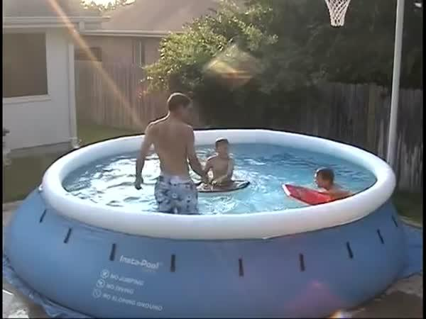 Jak udělat v bazéně vlny