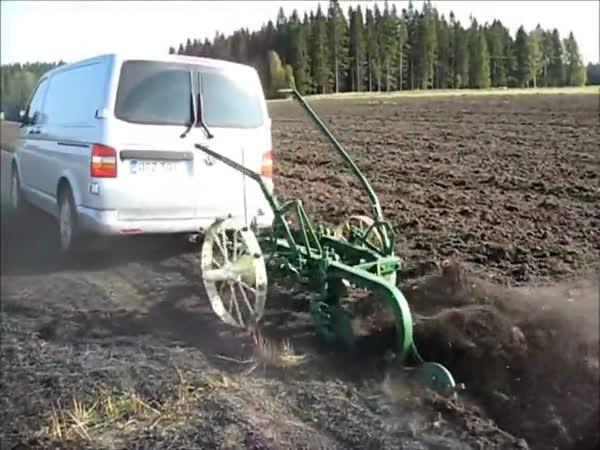 Nemáme traktor, máme VW Transporter