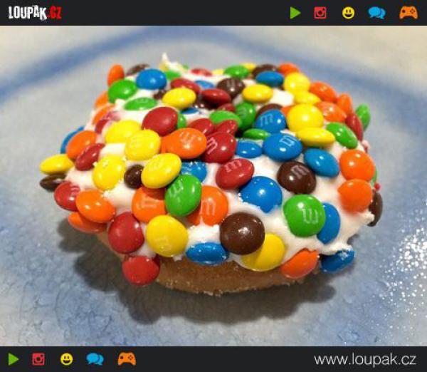 GALERIE - 18 úžasných variací na donuty