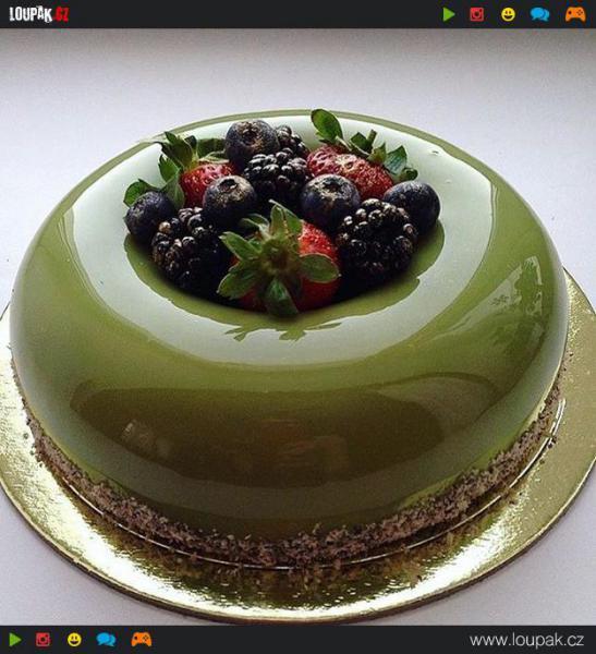GALERIE - Úžasně lesknoucí se dorty