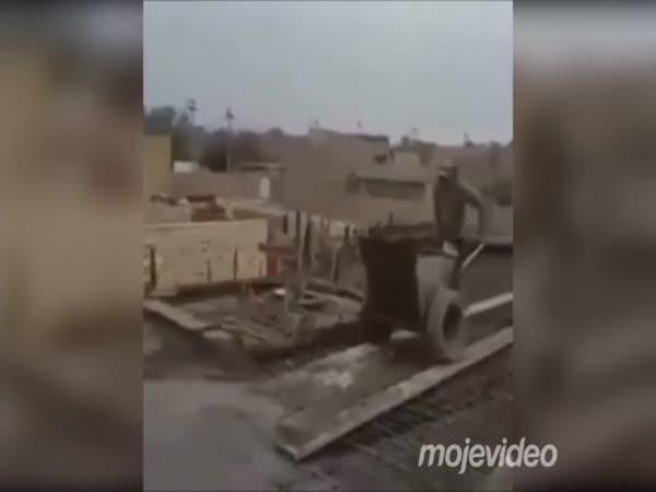 Těžká práce s betonem