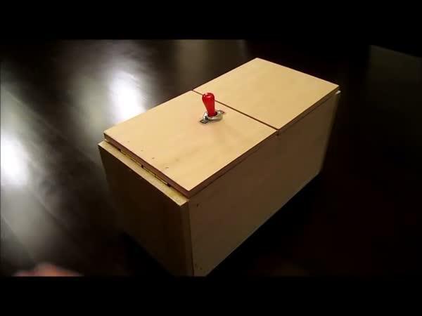 Zbytečná krabice s překvapením