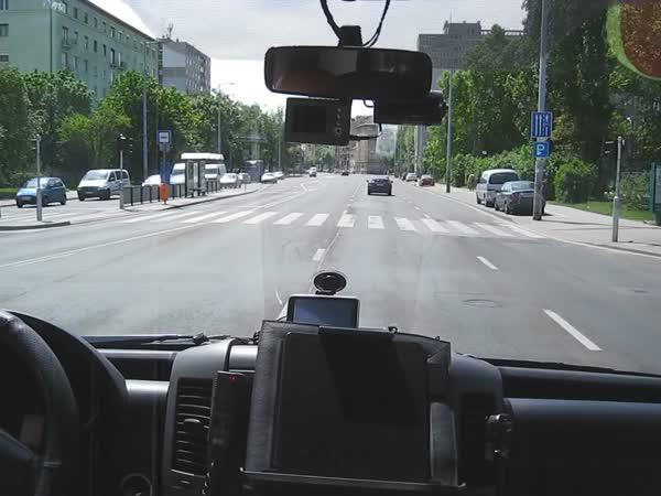 Divoká jízda sanitky v Budapešti