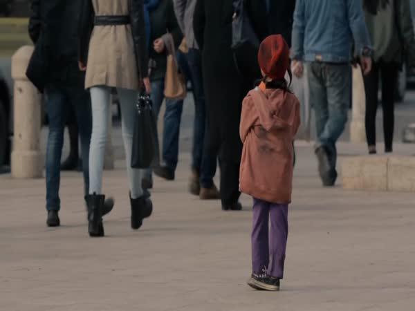 Sociální experiment - Šestileté děvčátko
