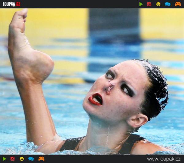 GALERIE - Vodní sport nebo horor?