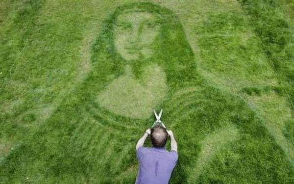 GALERIE - Umění z travin
