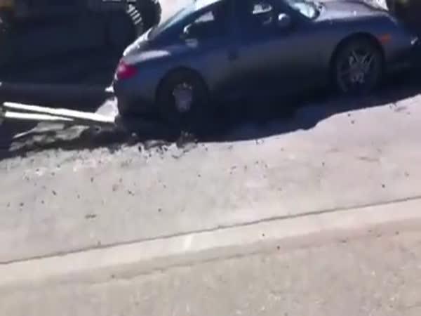 Zaparkoval tam, kde neměl