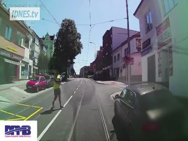 Brno - Těžký život řidičů tramvají