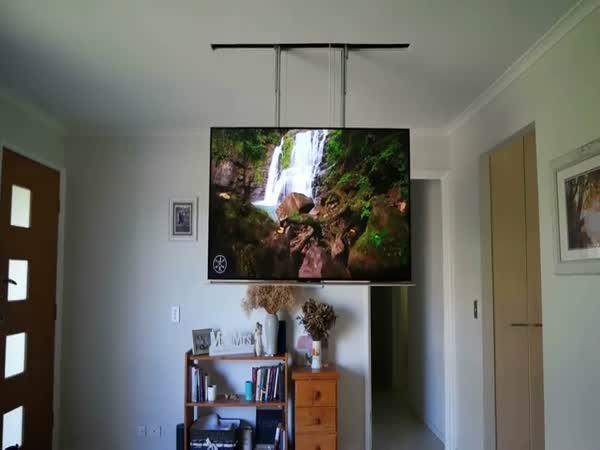 Domácí kutil - Vysouvací televize