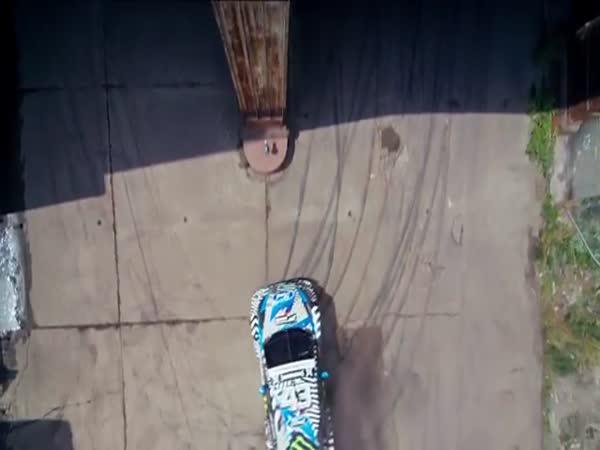 Adrenalinové video závodníka Kena Blocka