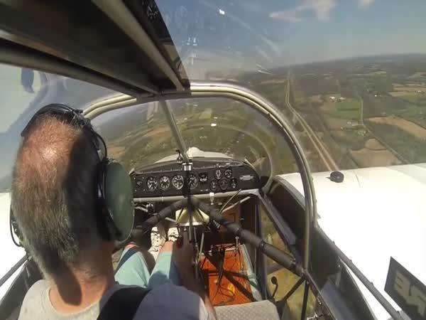 Pilotovi ulítla za letu vrtule