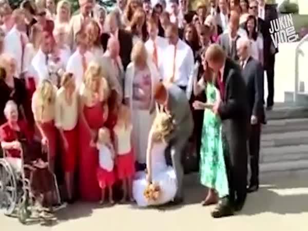Kompilace - Když se na svatbě nedaří