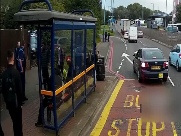 Řidič zabránil krádeži bicyklu