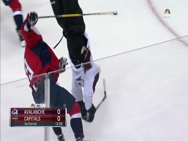 NHL - Ukázkový bodyček