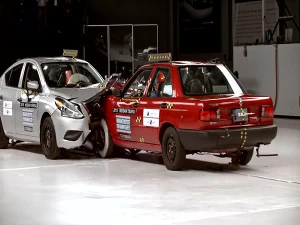 Crash test - Srovnání dvou stejných nissanů
