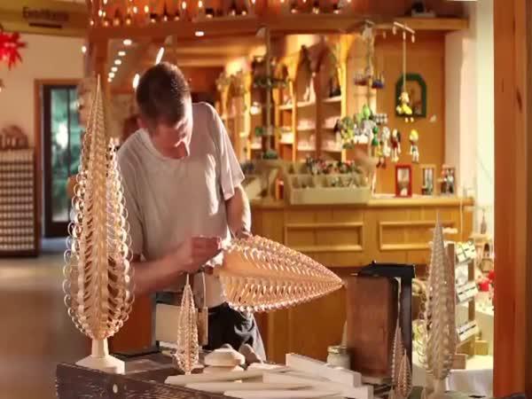 Jak vyrobit stromeček ze dřevěné tyče