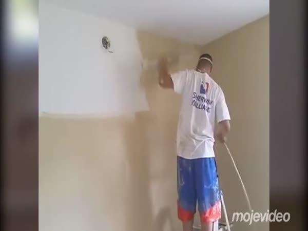 Vymaloval pokoj za osm minut