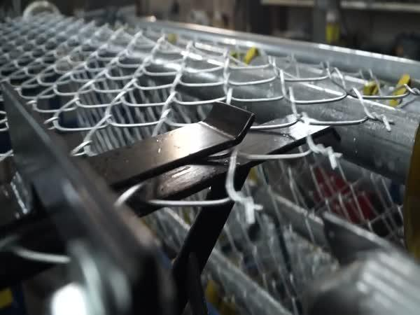 Jak se vyrábí drátěný plot