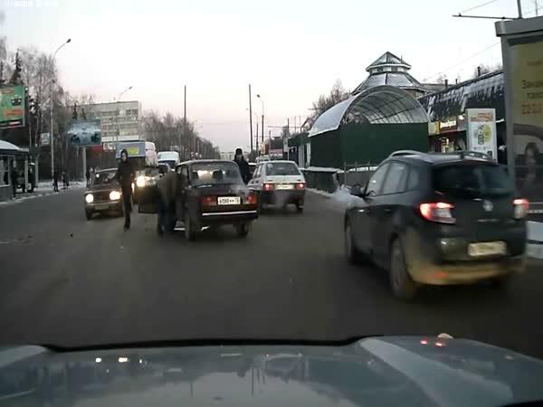 Rusko - Nenápadný odchod od nehody