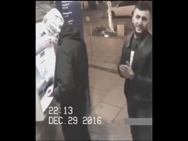 Nachytaný zloděj vrátil peněženku