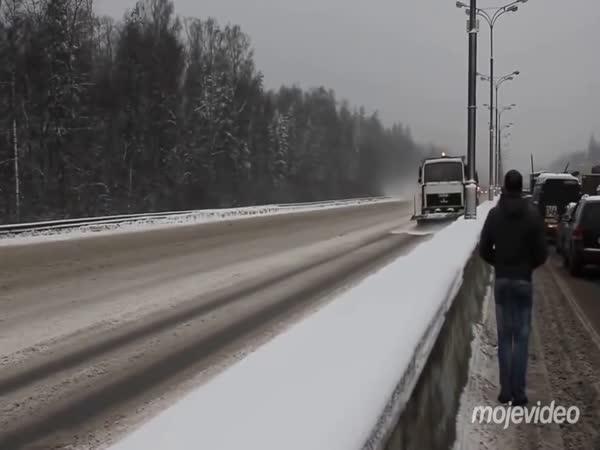 Moskevské cestáře zima nezastavila
