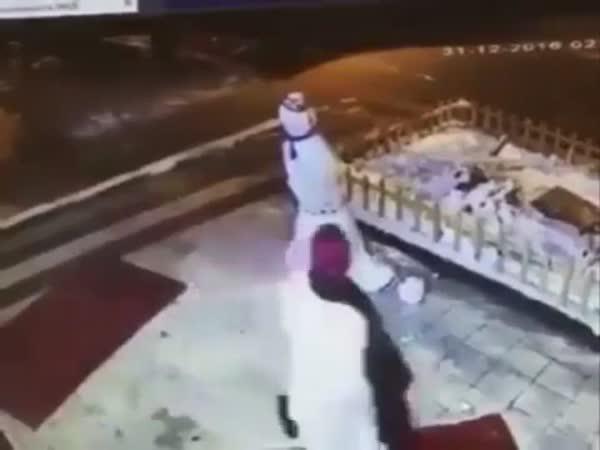 Karma - Ženě se nelíbil sněhuák