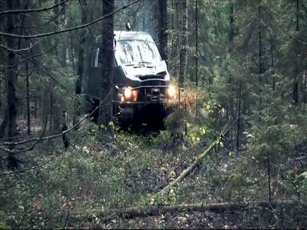 GAZ-3409 Bobr - Nesmrtelné vozidlo