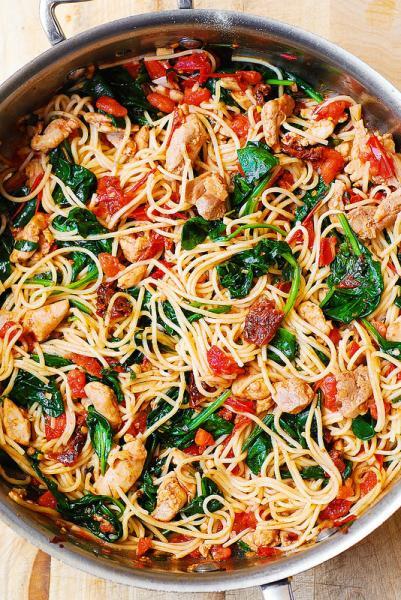 GALERIE - Špagety na 10 způsobů