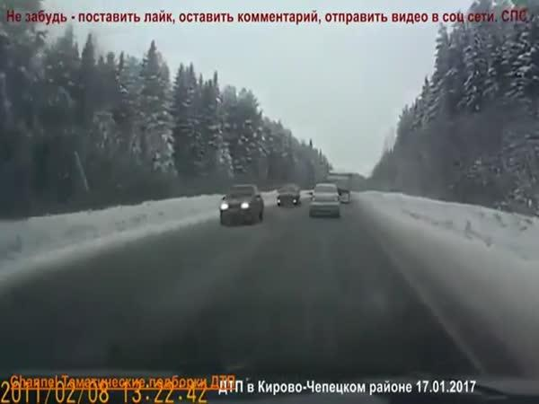 Kompilace dopravních nehod v zimě