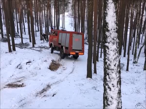 Mistr driftu v požárním voze